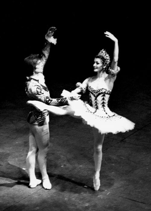 Carla Fracci con Rudolf Nureyev nel 1970.