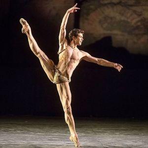 Roberto Bolle in Excelsior - Teatro alla Scala su Rai5 e RaiPlay