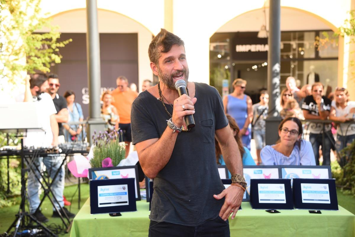 Mantova, il 15 settembre all'Outlet c'è la Dogfest con Edoardo Stoppa