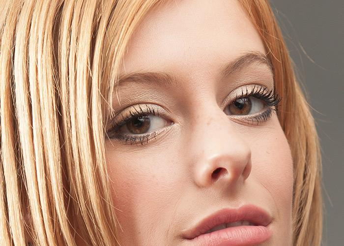 Retouching Eyes Professionally - Photoshop CS6 Tutorial