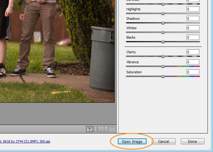 03-how-to-retouch-groups-of-people-photoshop-cc