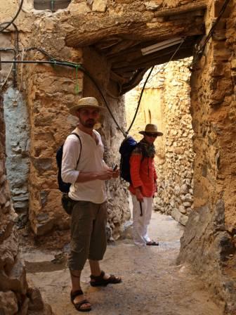 W środku wioski