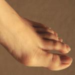 足の親指に痛みが出たら痛風かも!症状が出やすい場所や部位とは?