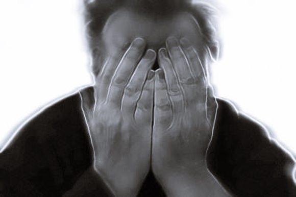 痛風の薬には副作用があった…?長期服用でリスク発生するケース