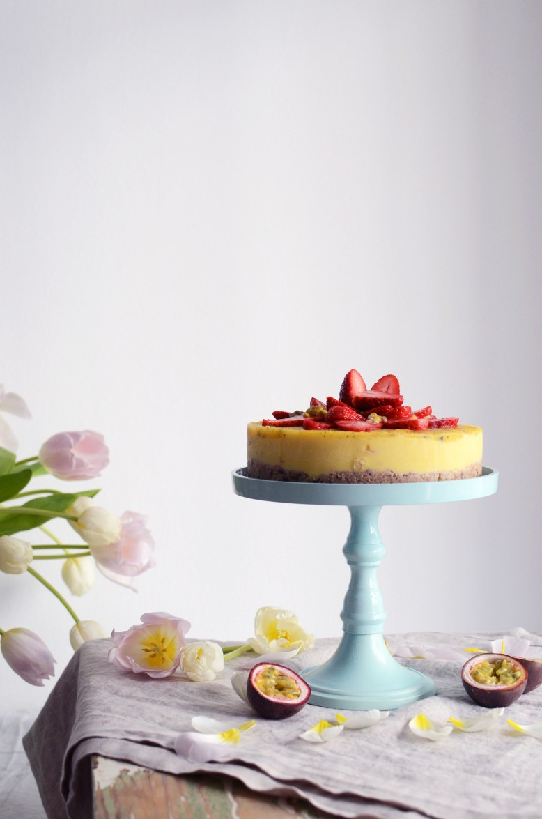 Raw Mango & Passion Fruit Cake – Tuulia Talvio