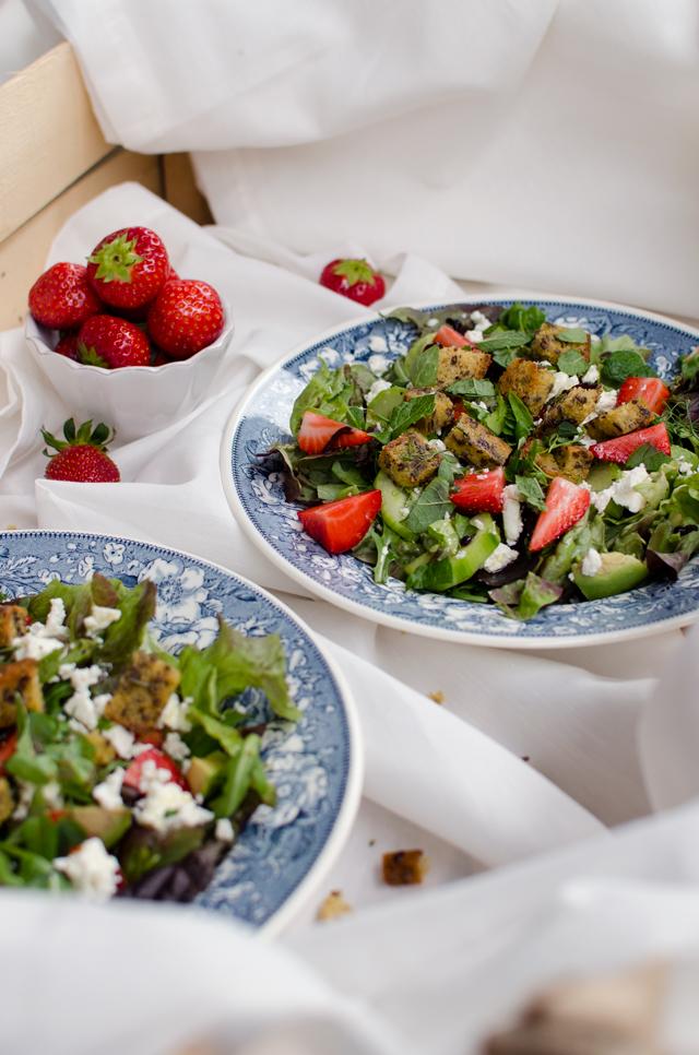 strawberry avocado salad w/ feta cheese