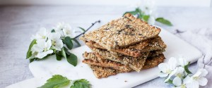 Quick & Easy Nettle Flatbread (gf + vegan)