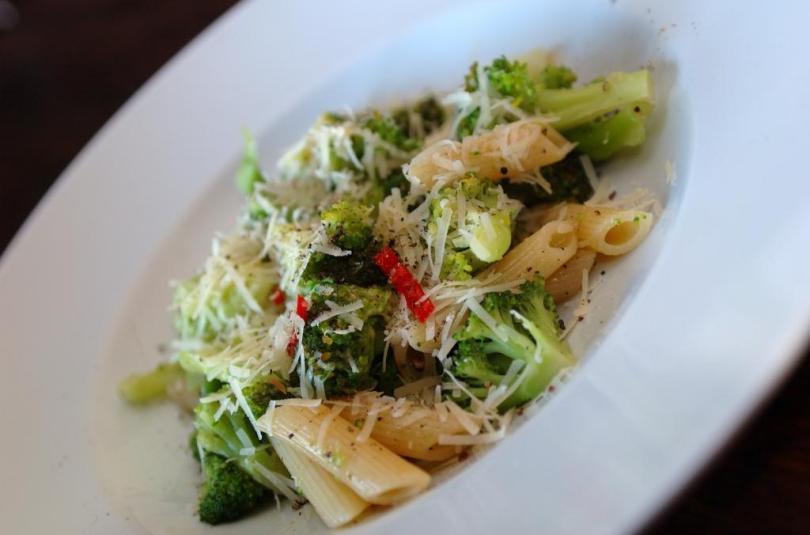 Pasta brokkoli ja anšoovisega