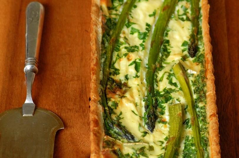 Spargli ja brie-juustu quiche ehk mõnel kohe on naabritega vedanud