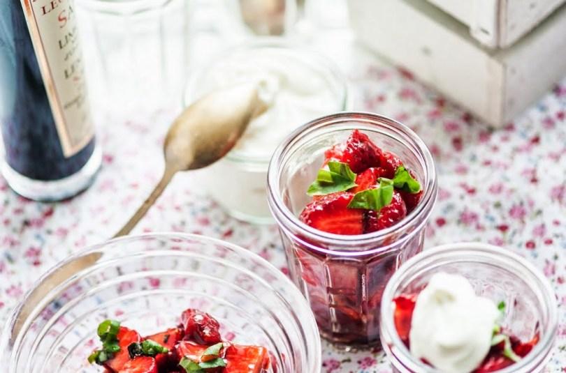 Balsamico-marinaadis kesksuvised maasikad