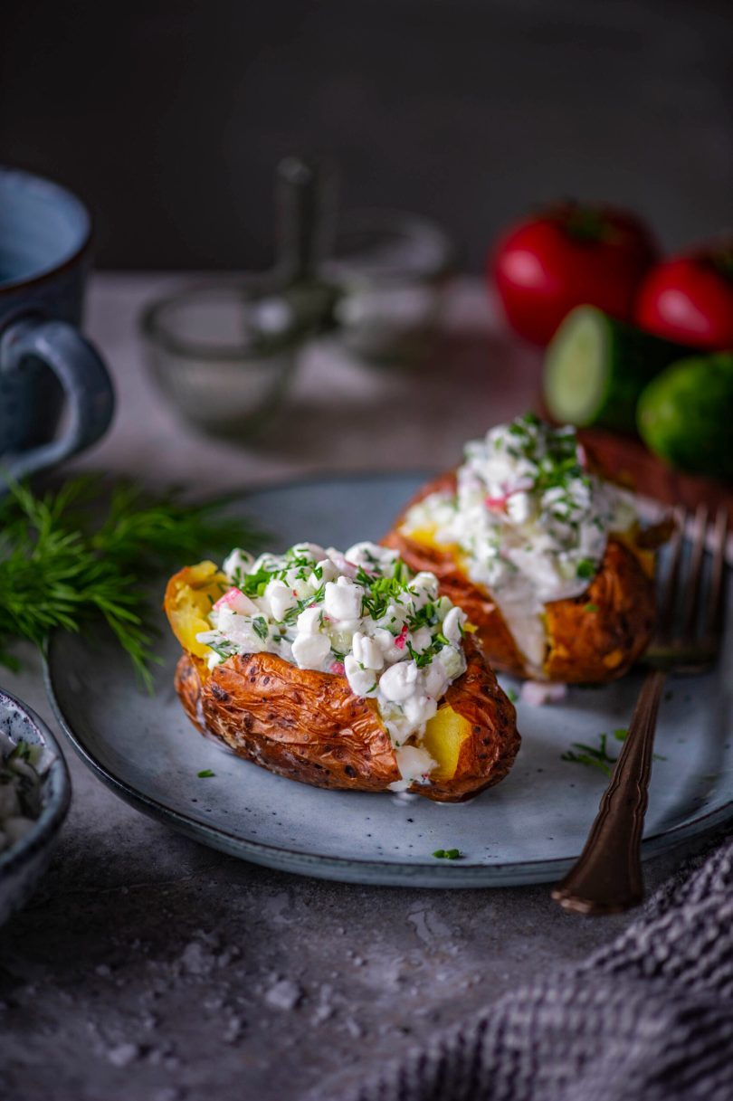 Mundris kartulid kodujuustu-lumekrabi täidisega