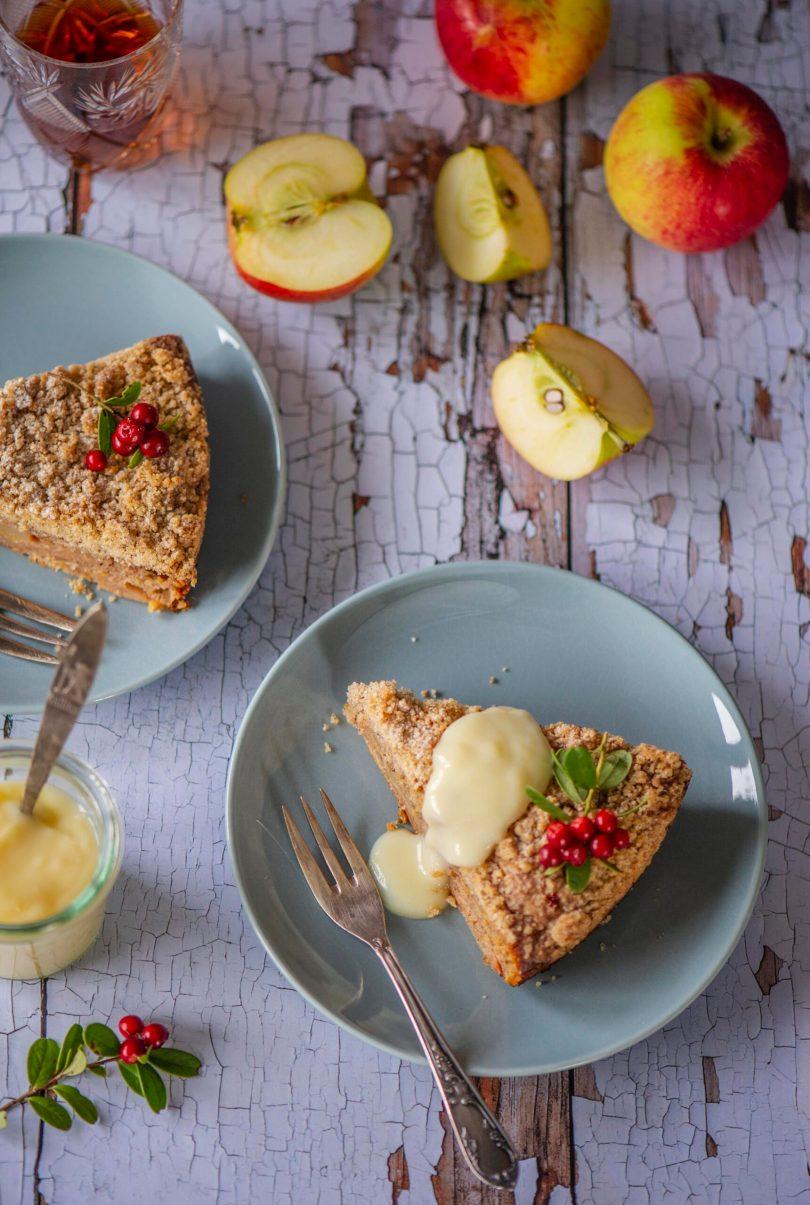 Purukattega kaneeline õunakook tibakese suvikõrvitsaga