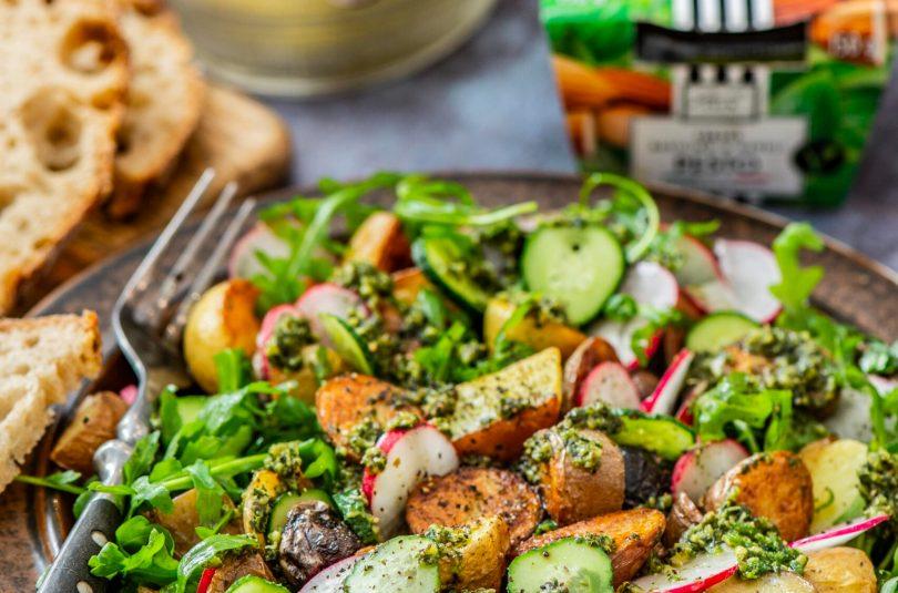 Ahjus röstitud kartuli ja basiilikupestoga salat
