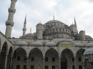 Kristietes iespaidi Turcijā. Vai un kāpēc apturēt šahādam atsaucīgo gājienu?