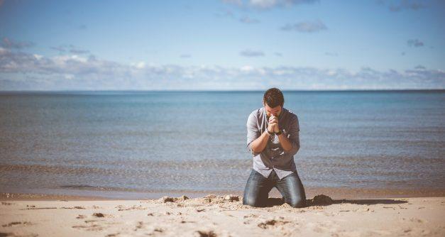 """Edgars Mažis: """"Kā pret grēku cīnīties? Varbūt sadzīvot?"""""""