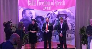 Aļesjas Lavrinovičas komentārs: Par Pētera Grestes Vārda brīvības balvu, žurnālista arodu un cilvēktiesībām (+ APTAUJA)