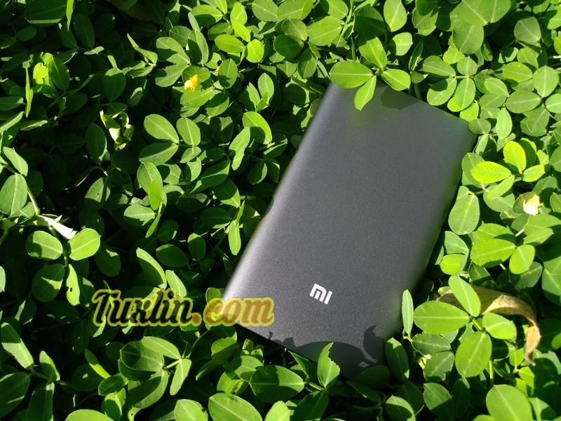 Desain & Penampilan Xiaomi Pro Power Bank 10.000mAh