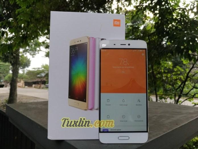 Desain Xiaomi Mi5