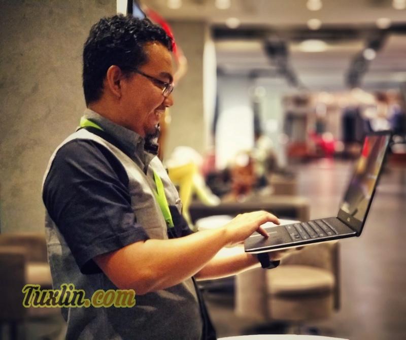 ReviewAsus Zenbook Pro UX550