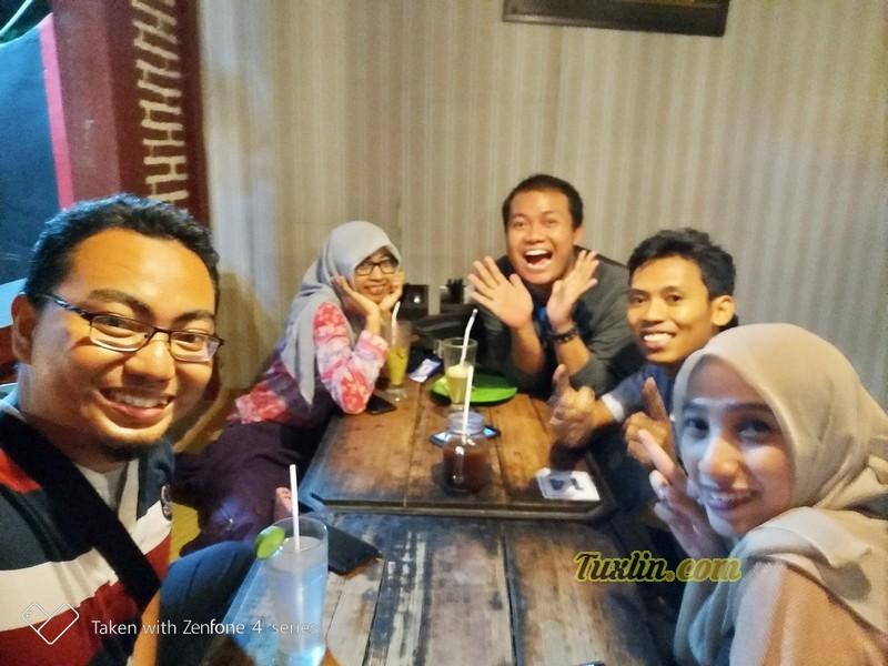 Hasil Foto Kamera Depan Asus Zenfone 4 Selfie Pro ZD552KL Portrait Mode