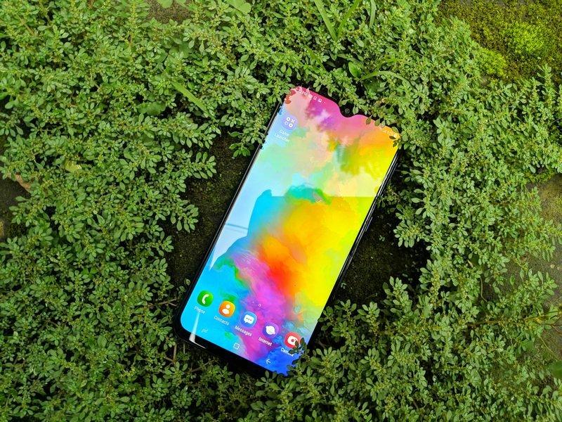 Nyobain Samsung Galaxy M20, Ternyata Kayak Gini... 16