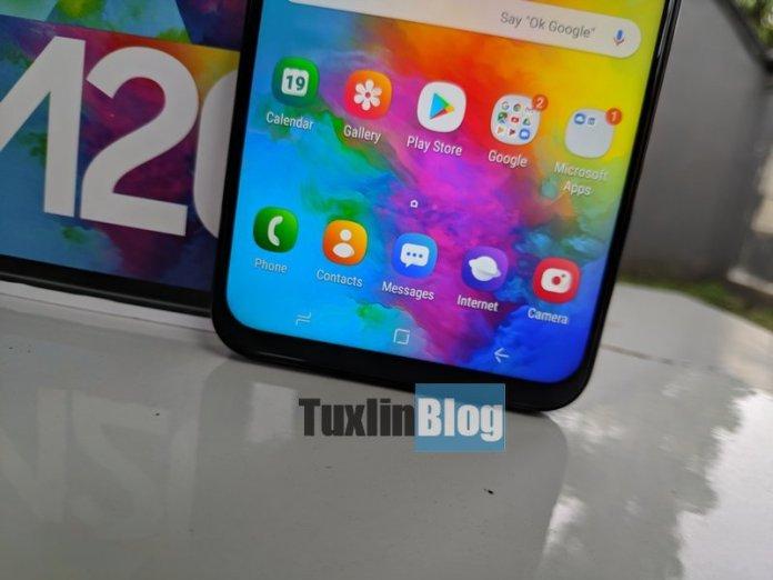 Review Samsung Galaxy M20: Baterai Besar Jadi Andalan 2