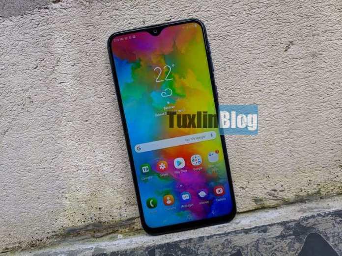 Review Samsung Galaxy M20