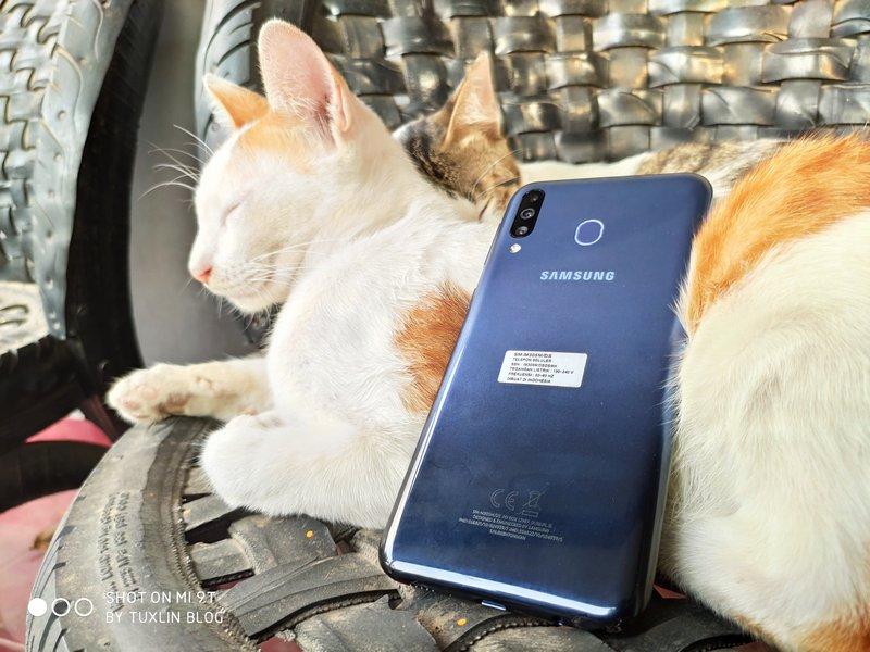 Nyobain Samsung Galaxy M30, Layar Kinclong, Baterai Jumbo! 3