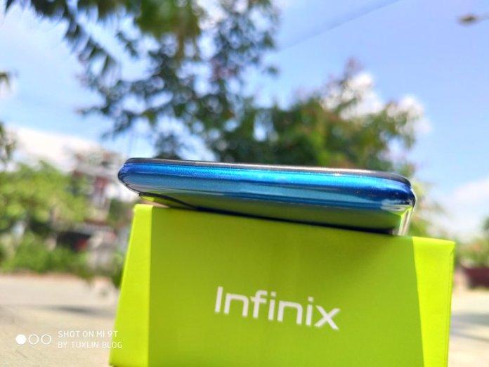 Review Infinix Hot 8 4/64GB: Layar Besar, Harga Bersahabat 2