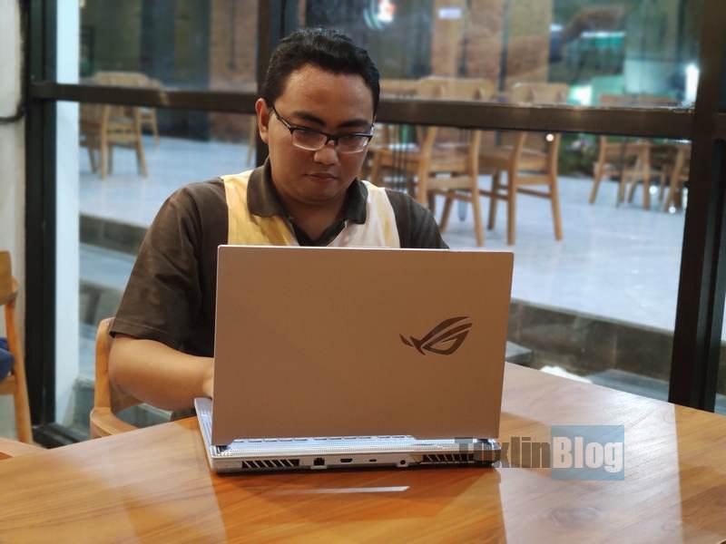 Pengalaman Non Gamer Pakai Laptop Gaming Asus ROG Strix G15 G512LV