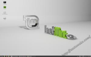 Linux Mint 15 Desktop