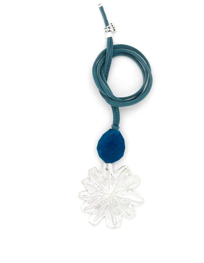 Collar flor grande plateada azul