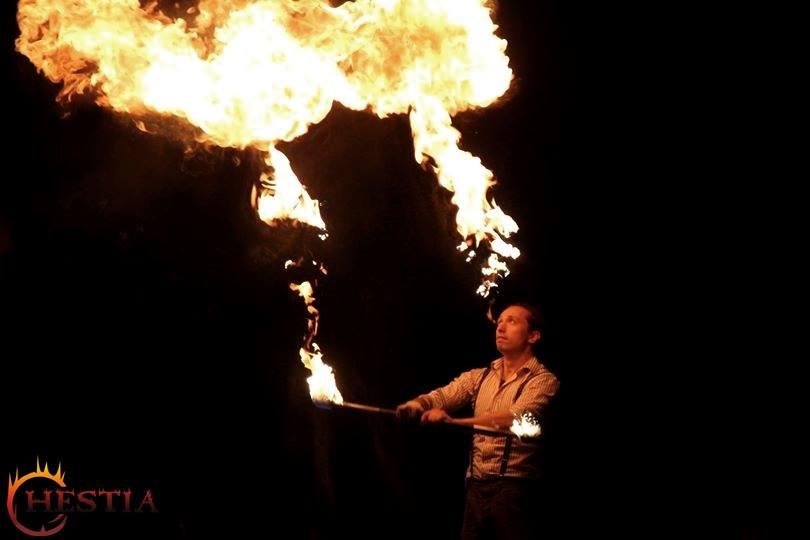 A vendégváró tűzzsonglőrök mire is használhatóak?