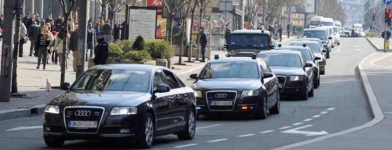 "APSURDI:Milioni za vozni park - BiH ""bogatija"" za hiljadu službenih vozila"