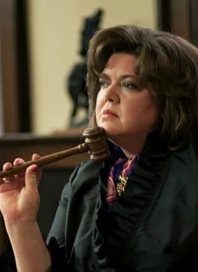 Martha Puts the Gavel to Good Use - Good Witch