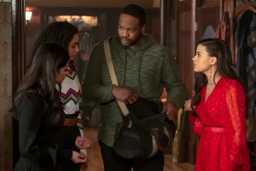 Dead Body? Or Vampire to Be? - Charmed (2018) Season 1 Episode 18
