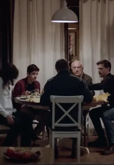 Family Dinner - Absentia Season 3 Episode 1