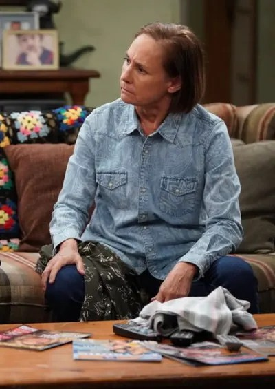 Jackie Listens - The Conners Season 2 Episode 16