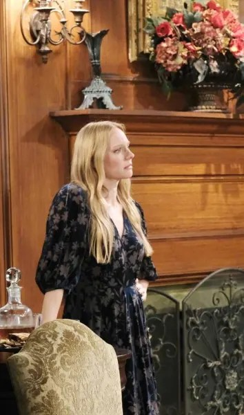 Abigail's Difficult Decision/Tall - Days of Our Lives