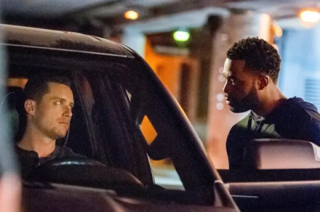 """undercover work chicago pd - Chicago PD (S08E02) """"Assets"""""""