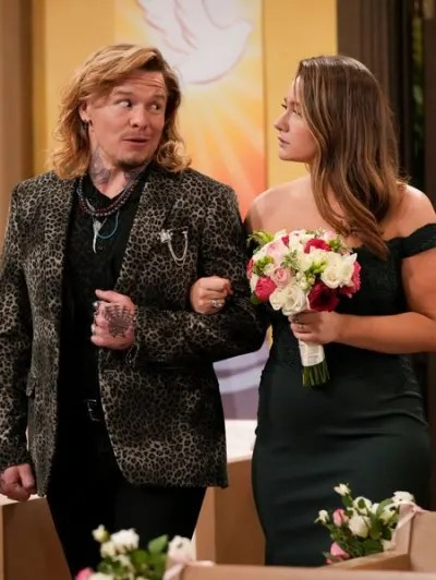 Harris' New Boyfriend - The Conners Season 4 Episode 4