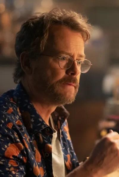 Greg Kinnear as Glen Bateman - The Stand Season 1 Episode 3