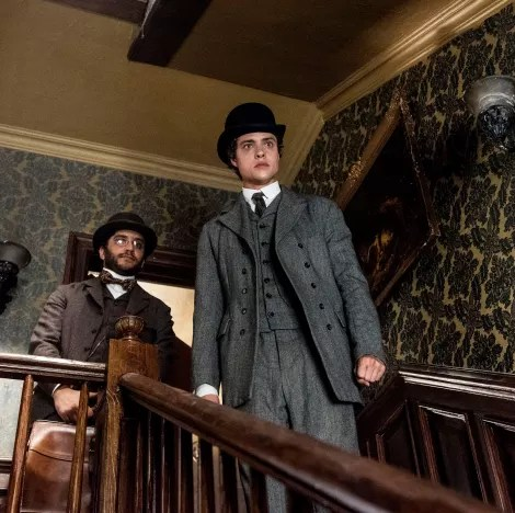 Closing In - The Alienist Season 1 Episode 9