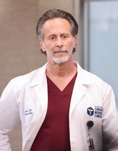 Archer's Latest Decision - Chicago Mad Season 7 Episode 4
