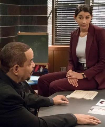 Kat Annoys Fin - Law & Order: SVU Season 21 Episode 6