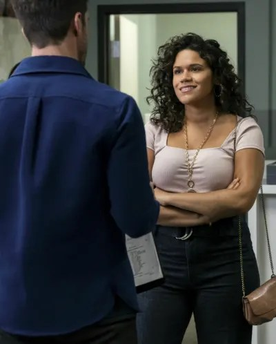 Steph - Roswell, New Mexico Season 2 Episode 2