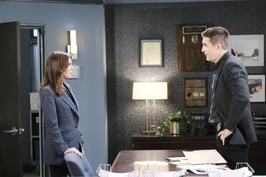 A Close Moment - Days of Our Lives