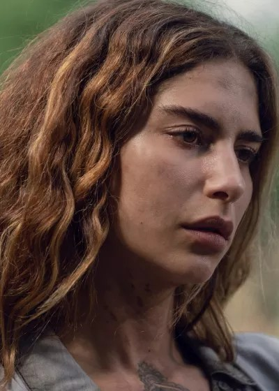 Who's The Redhead? - The Walking Dead Season 9 Episode 6