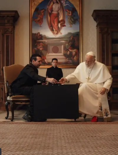 A Gift - The New Pope Season 1 Episode 4