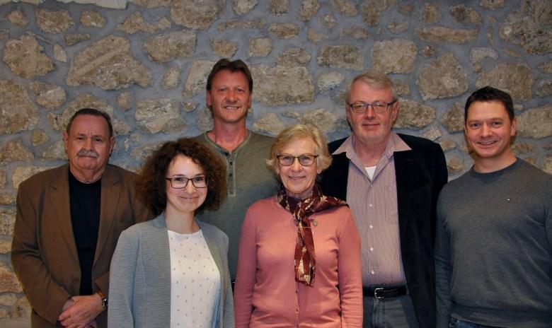 Für ihre langjährige Treue wurden u. a. geehrt (von links nach rechts) Peter Schäfer, Eduard Betram, Monika Grass und Hans-Walther Hahn
